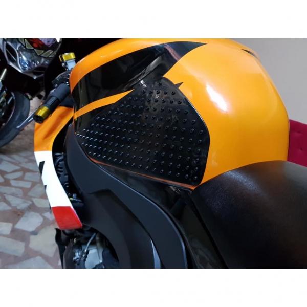 Suzuki Gsr 600 3M Kaydırmaz Yan Pad