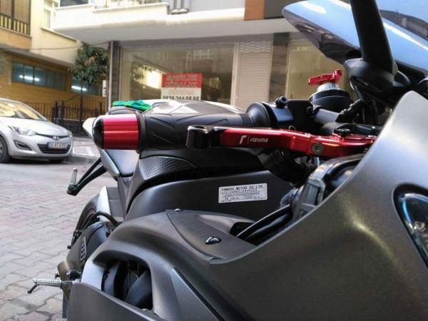 Yamaha R6 2006-2016 Rizoma Manet [ Mat Seri ]