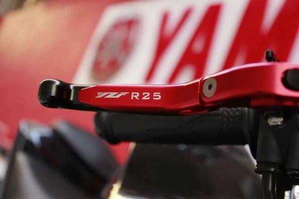 Yamaha Yzf R25 Marka Logolu Kat.Özel Manet Takımı